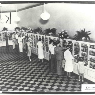 Americans Have Been Cursing at Automated Checkouts Since 1937
